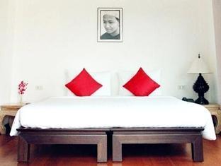 Sensive Hill Hotel Phuket - Konuk Odası