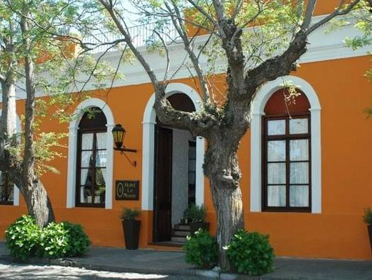 Hotel La Mision - Hotels and Accommodation in Uruguay, South America