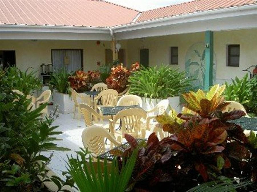 Carl's Unique Inn & Conference Facilities - Hotell och Boende i Nederländska Antillerna i Centralamerika och Karibien