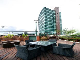 M Hotels - Tower B Kuching - Parveke/Terassi