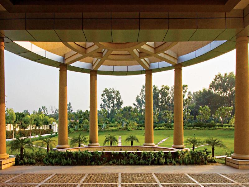 Hotel Cabbana - An Ecotel Hotel - Hotell och Boende i Indien i Jalandhar
