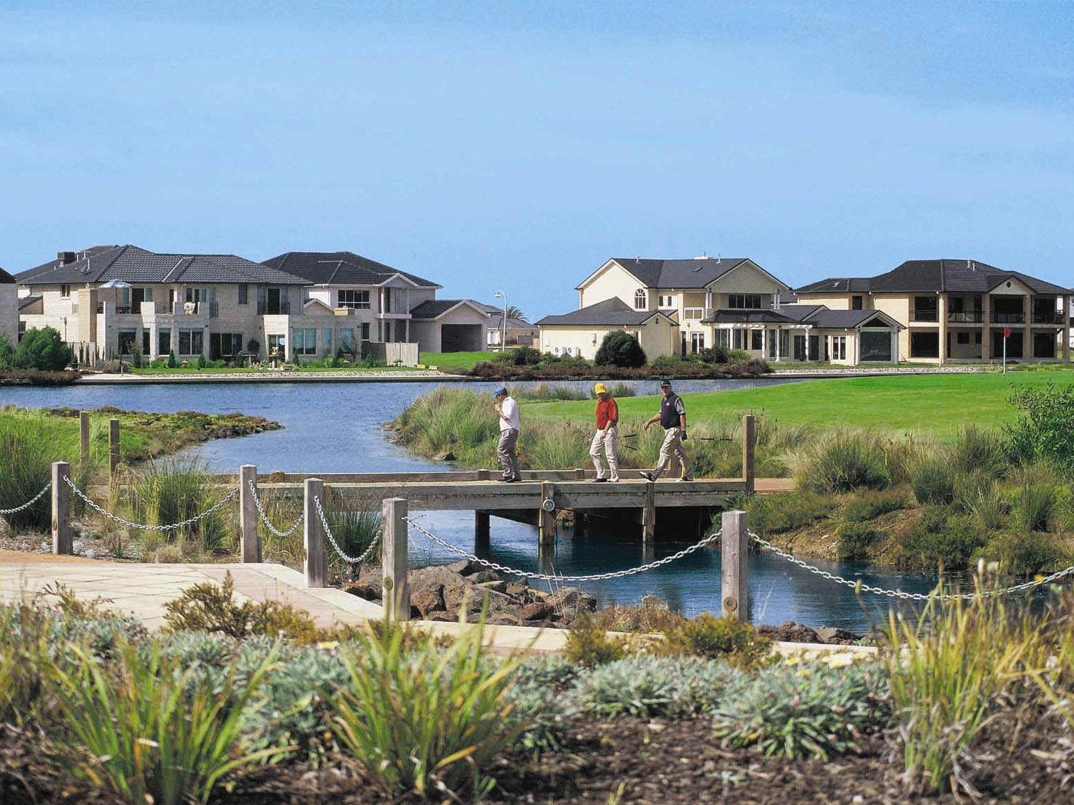 Quest Sanctuary Lakes Apartments - Hotell och Boende i Australien , Melbourne