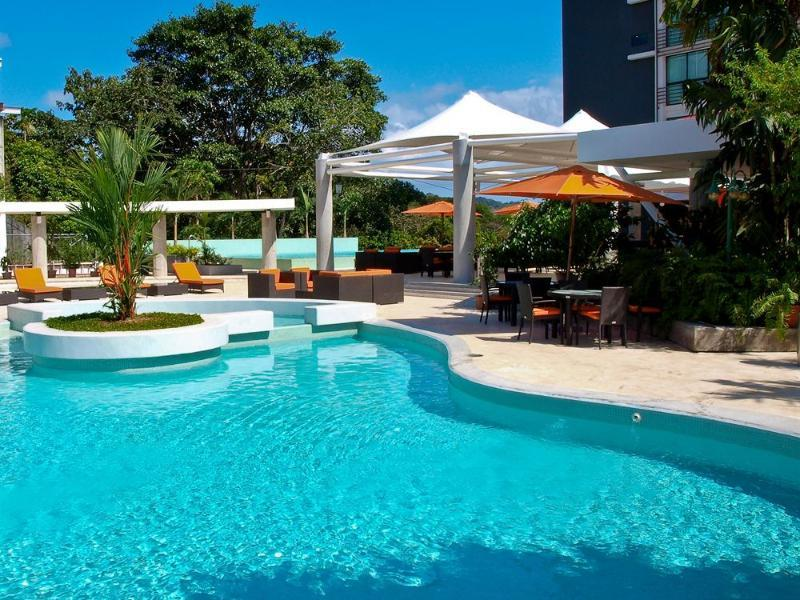 Radisson Summit Hotel and Golf Panama - Hotels and Accommodation in Panama, Central America And Caribbean