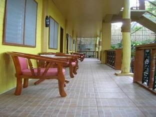 Darayonan Lodge Palawan - Balcony/Terrace