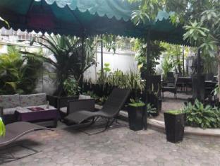 Le Rit Hotel – Restaurant Boutique Phnom Penh - Garden