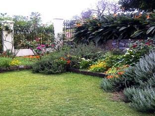 Melvin Residence Guest House Pretoria - Garden