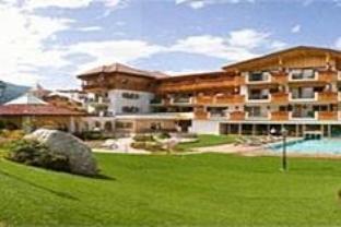 Dolomiten Wellness Residenz Mirabell Hotel