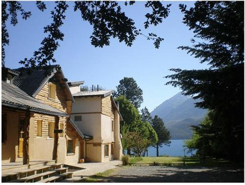 Lago Gutierrez Lodge - Hotels and Accommodation in Argentina, South America