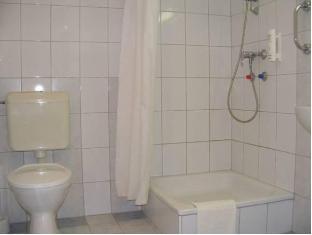 Hunguest Hotel Erkel - Munkacsy Gyula - Bathroom