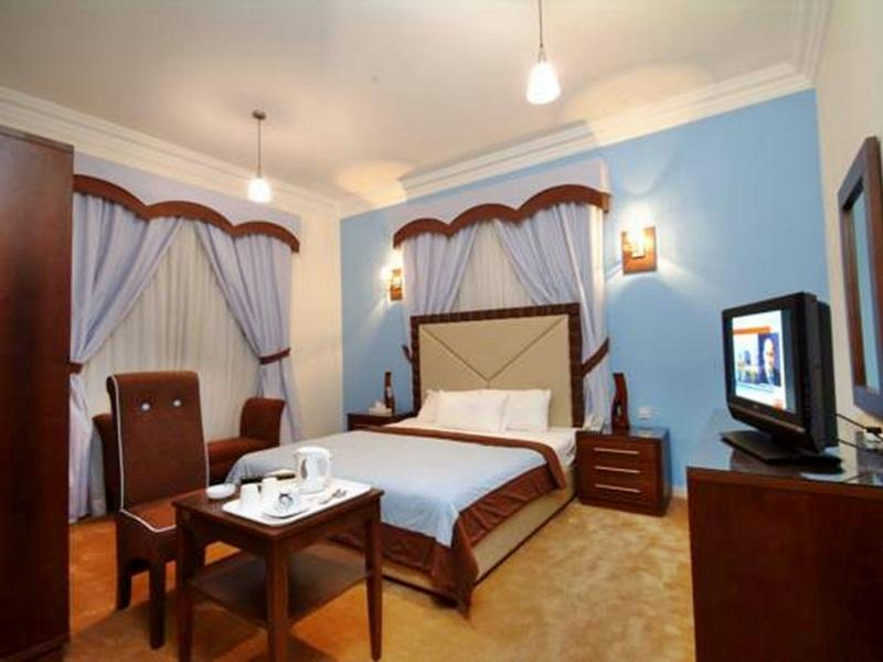 Royal Hotel & Suites - Hotels and Accommodation in Saudi Arabia, Middle East