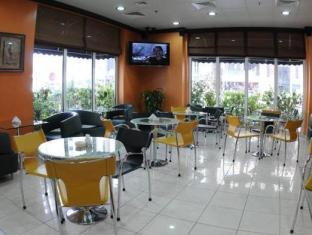 Royal Rotary Hotel Apartments Abu Dhabi - Coffee Shop/Cafe