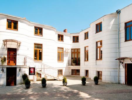 Villa Masoneria Guest House Lodz - Exterior