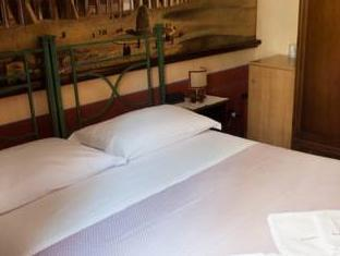 Almes Roma Guesthouse Rome - Guest Room