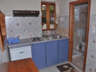 Bikakis Family Apartments Crete Island - Suite Room