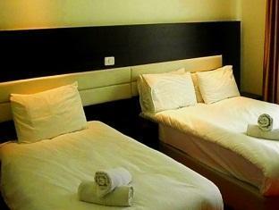 Commodore Hotel Jerusalem Jerusalem - Triple Room