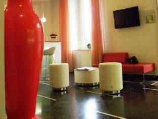 Hotel Tirreno מרינה די מאסה - בית המלון מבפנים