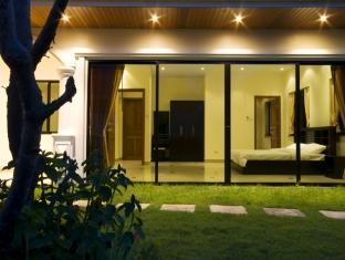 Jasmina Pool Villa at Jomtien Hotel Pattaya - Two Bedroom Villa - Living Area