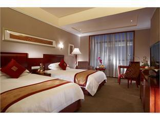 New Century Pujiang Hotel - Room type photo