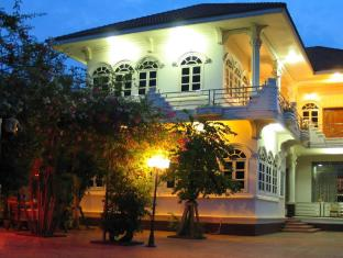 The Bungalow Hotel Battambang - Hotel Exterior