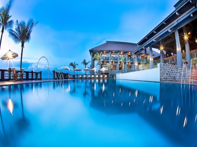 Hotell Tropicana Beach Resort