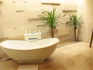 Kunti Villas Bali - Bathtub