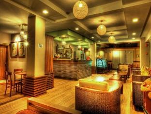 索萊達套房酒店 保和島 - 餐廳