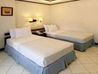 Soledad Suites Bohol - Gjesterom
