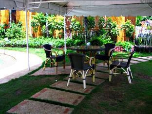 Casa Filomena Hotel Bohol - Erkély/Terasz