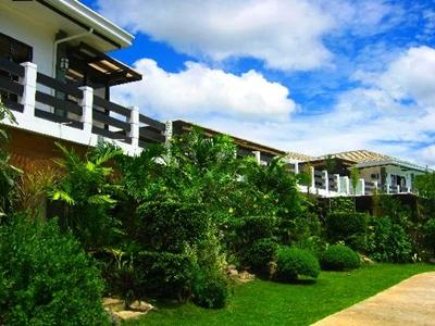 La Pernela Beachfront Resort Bohol