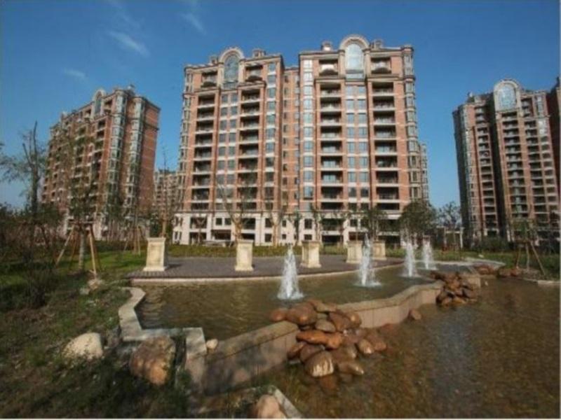 Lanson Place Jin Qiao Residences