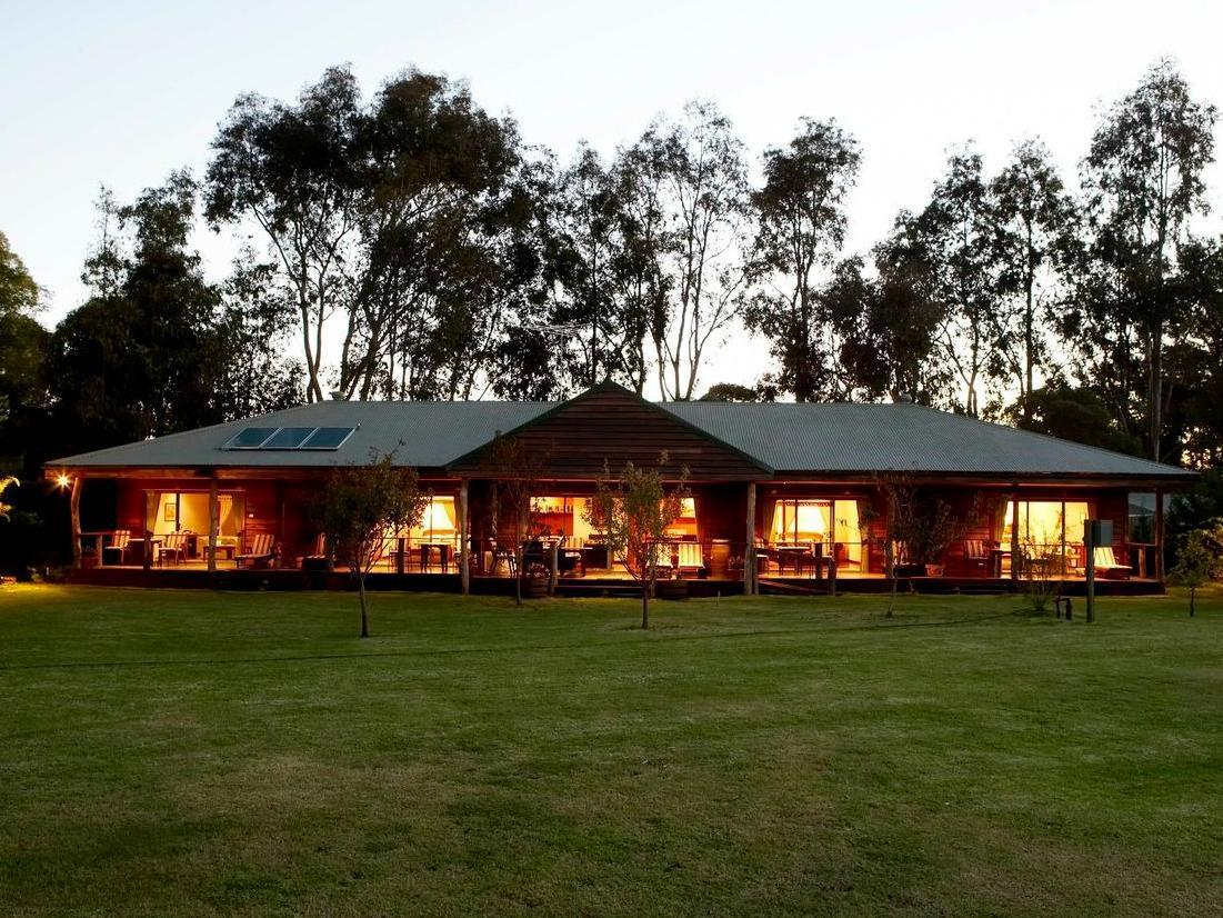 Lazy River Boutique Bed & Breakfast - Hotell och Boende i Australien , Mandurah