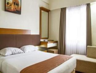 Mega Proklamasi Hotel Jakarta - Guest Room