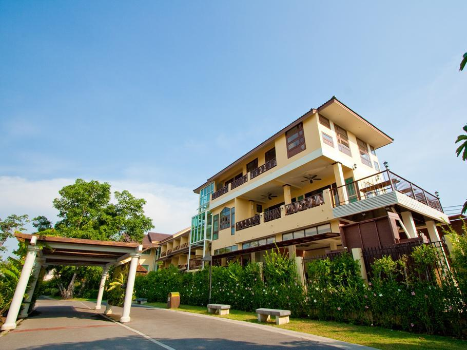Suphan Lake Hometel - Hotels and Accommodation in Thailand, Asia