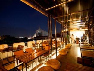 Fortville Guesthouse Bangkok - Restaurant