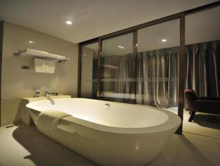 Kingtown Riverside Hotel Plaza Shanghai Shanghai - Bathroom