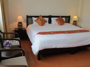 Ladebua Hotel Phuket - Habitació