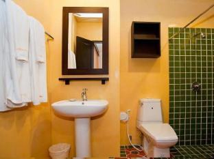 ラデブア ホテル プーケット - バスルーム