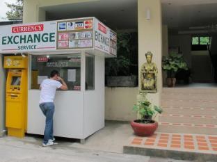 Ladebua Hotel Phuket - Strutture e servizi