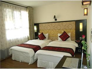 New Moon Hotel - Room type photo