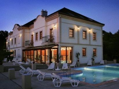 Hotel Villa Volgy Wellness & Konferencia Eger - Exterior