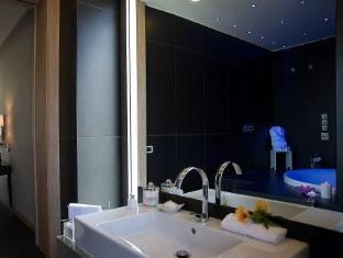 La Maddalena Hotel & Yacht Club La Maddalena - Bathroom