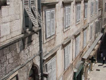 Best Of Split Apartments