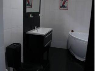 Krasnaya Zarya Hotel Moscou - Salle de bain