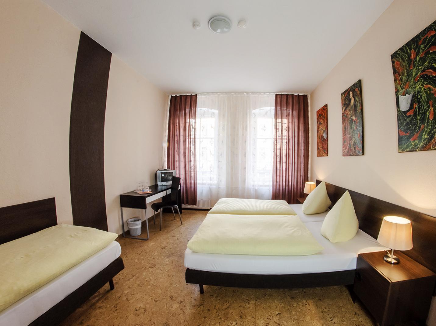 Hotel Pension Victoria - Hotell och Boende i Tyskland i Europa