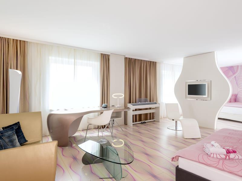 Nhow Berlin Hotel - Hotell och Boende i Tyskland i Europa