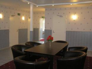 Aare Guesthouse פרנו - בית המלון מבפנים