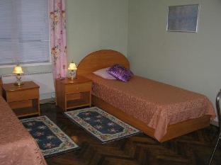 Green Villa بارنو - غرفة الضيوف