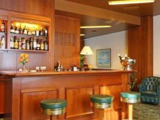 Grand Pre Swiss Quality Hotel Geneva - Pub/Lounge