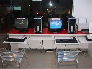 Ali Baba Hotel Kuala Lumpur - Internet Station