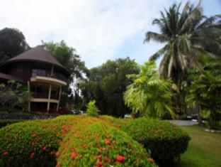 Damai Beach Resort Kuching - Hotellet från utsidan